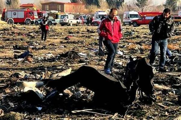 हादसा:इस देश का यात्री विमान हुआ क्रैश..सवार थे 180 लोग..!