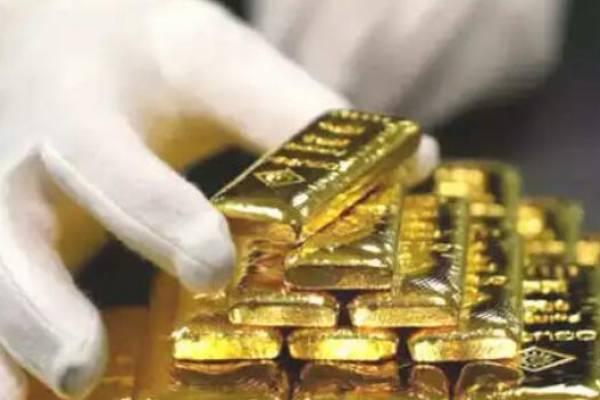 Gold price today:सोने में गिरावट जारी..लेक़िन एक्सपर्ट यह बात बता रहें हैं..!