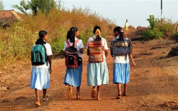 Up School Reopen:यूपी में कक्षा 1 से 8 तक के स्कूल इस तरीख से खुलेंगें