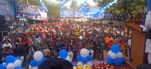 Lucknow news:धूमधाम से मनाया गया बहनजी का जन्मदिन