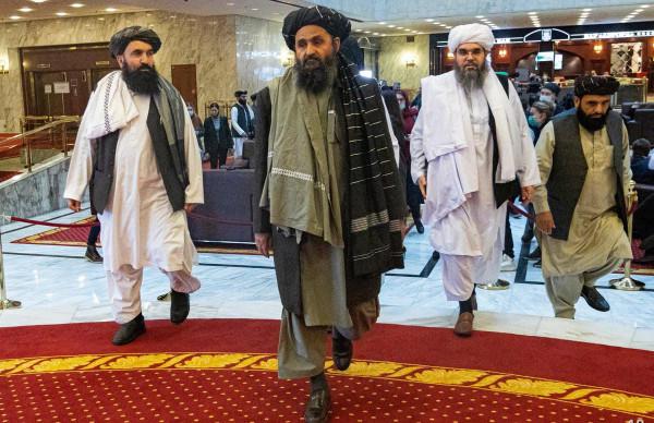 Afganistan Latest News: तालिबानियों के कब्ज़े में हुआ पूरा अफगानिस्तान, राष्ट्रपति गनी आतंकियों को सौंप देंगे सत्ता!