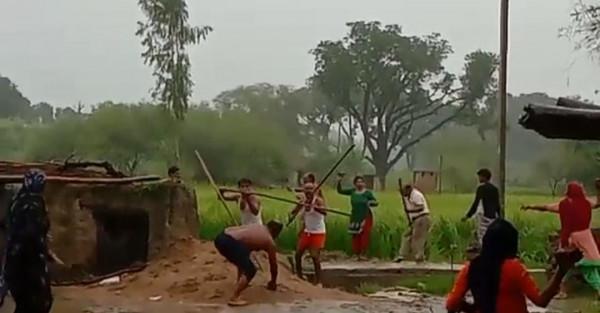 Fatehpur Crime News:फतेहपुर में पानी के लिए हो गया 'संग्राम' धड़ाधड़ चले लाठी डंडे