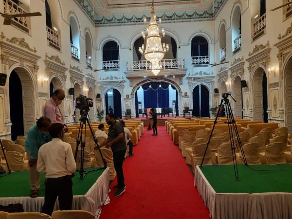 Yogi Mantrimandal vistar Live: यूपी मंत्रिमंडल विस्तार का शपथ ग्रहण कार्यक्रम शुरू ये मंत्री ले रहें हैं शपथ