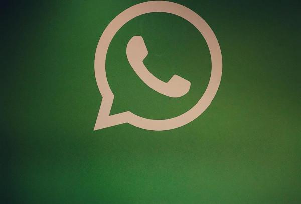 Whatsapp News: स्मार्टफोन में नहीं चलेगा वाट्सएप वज़ह ये बताई जा रही है